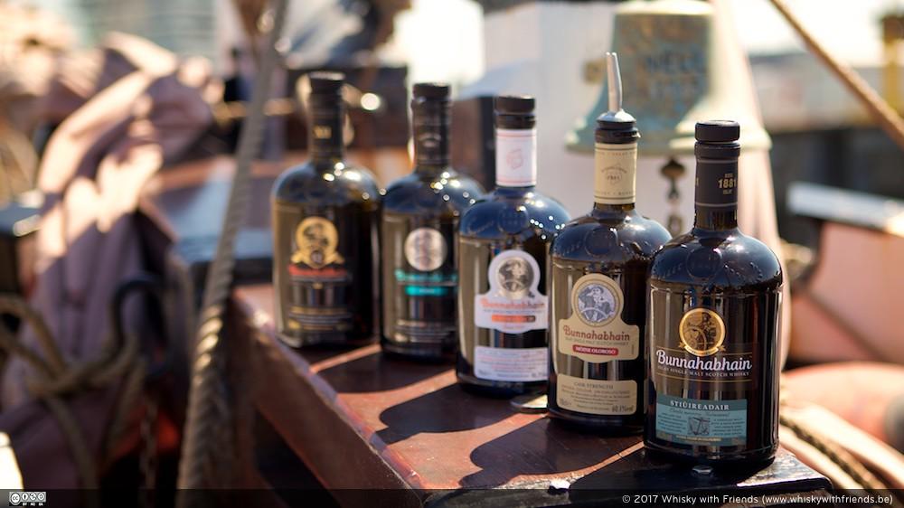 De reeks te proeven whiskys van Bunnahabhain